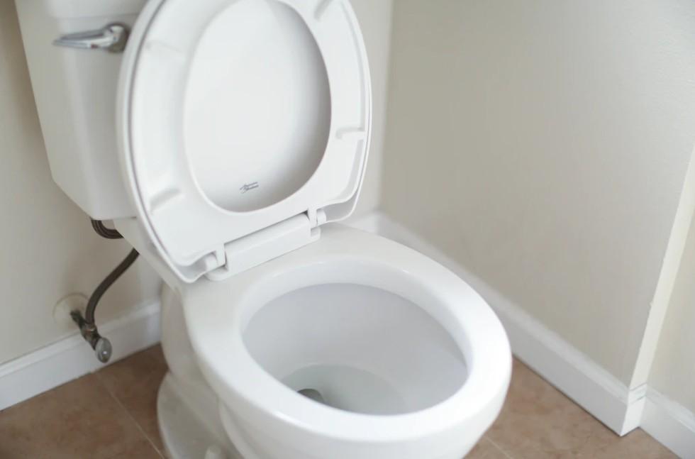 White Ceramic Toilet Bowl