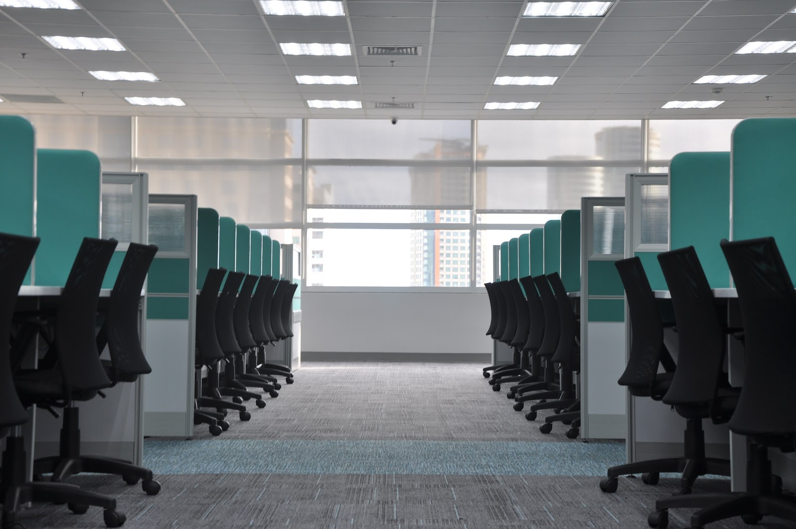 Office Cubicles With Chairs On Either Side